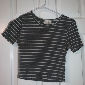 BP Gray and white stripped crop top